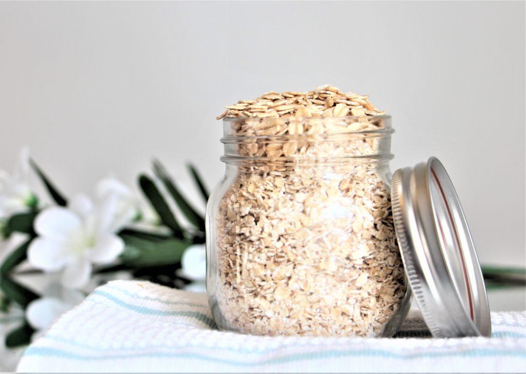 Rolled oats in jar