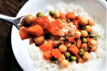 chickpea masala on fork close up