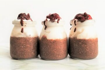 3 jars of chia pudding