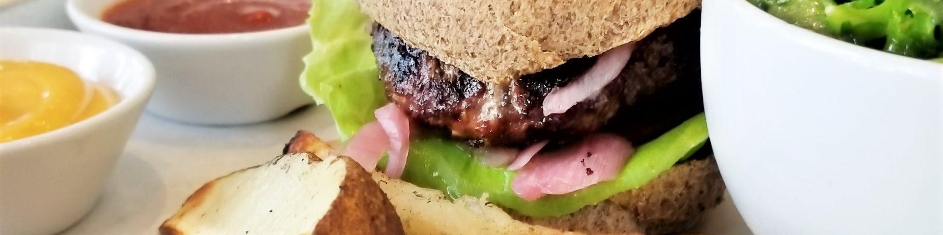 Hamburger and wedges